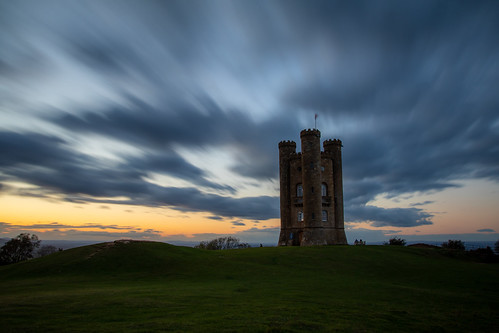 broadwaytower broadway sunset castle folly night longexposure cloud clouds sky architecture canon canoneos canon80d canonuk countrylife cotswolds uk greatbritain landscape
