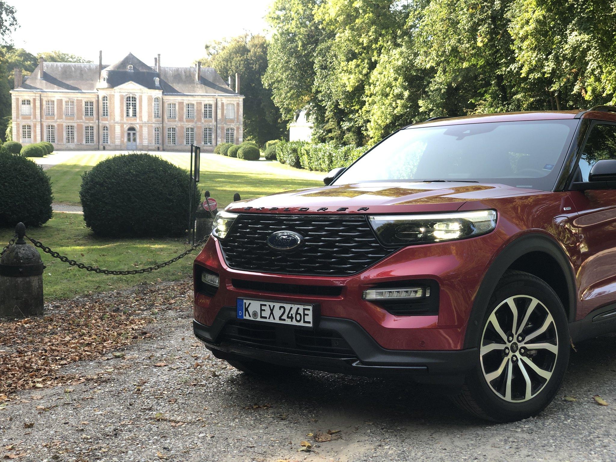 Ford-Eplorer-PHEV-Hybrid