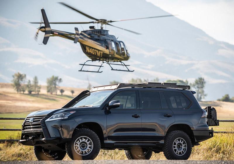 Lexus-J201-Concept-based-on-LX-570-10