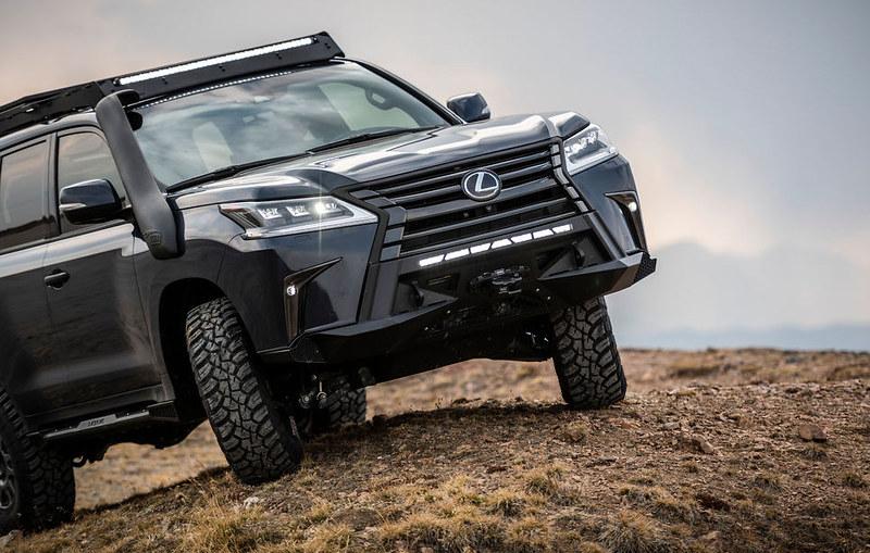 Lexus-J201-Concept-based-on-LX-570-4