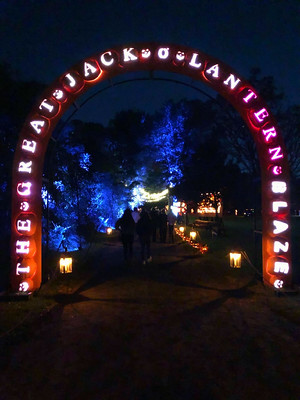 The Great Jack O'Lantern Blaze (1)