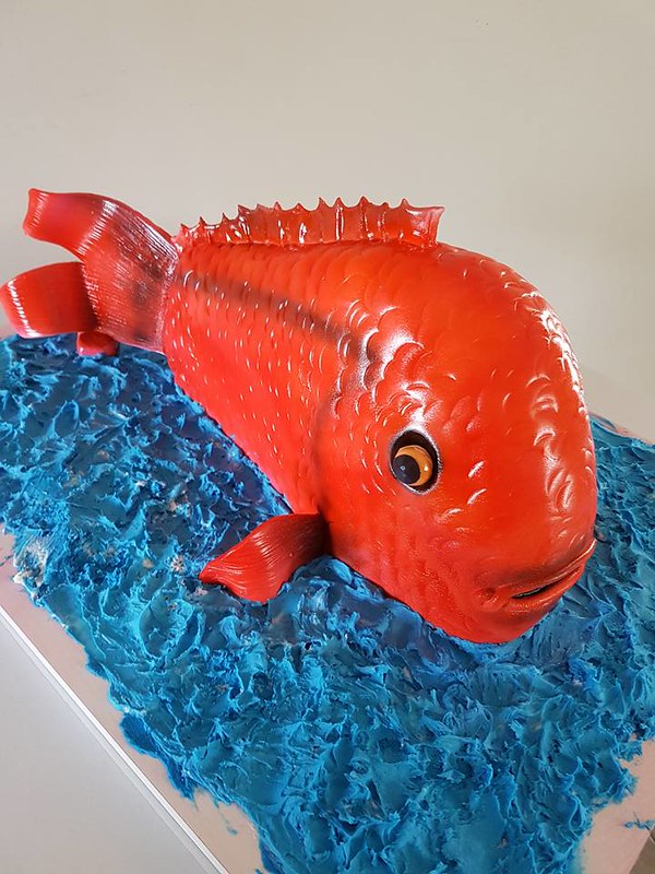 Fish Cake by Kim's Cake Creations