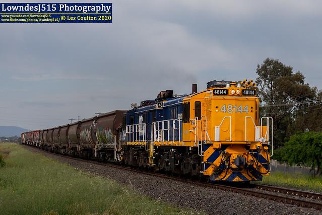48144 & 48130 at West Tamworth