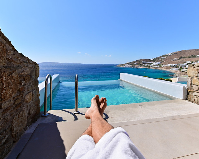Piscina infinita en Grecia