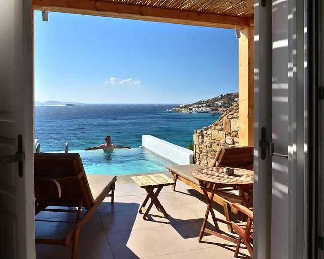 Hotel con piscina infinity en Grecia
