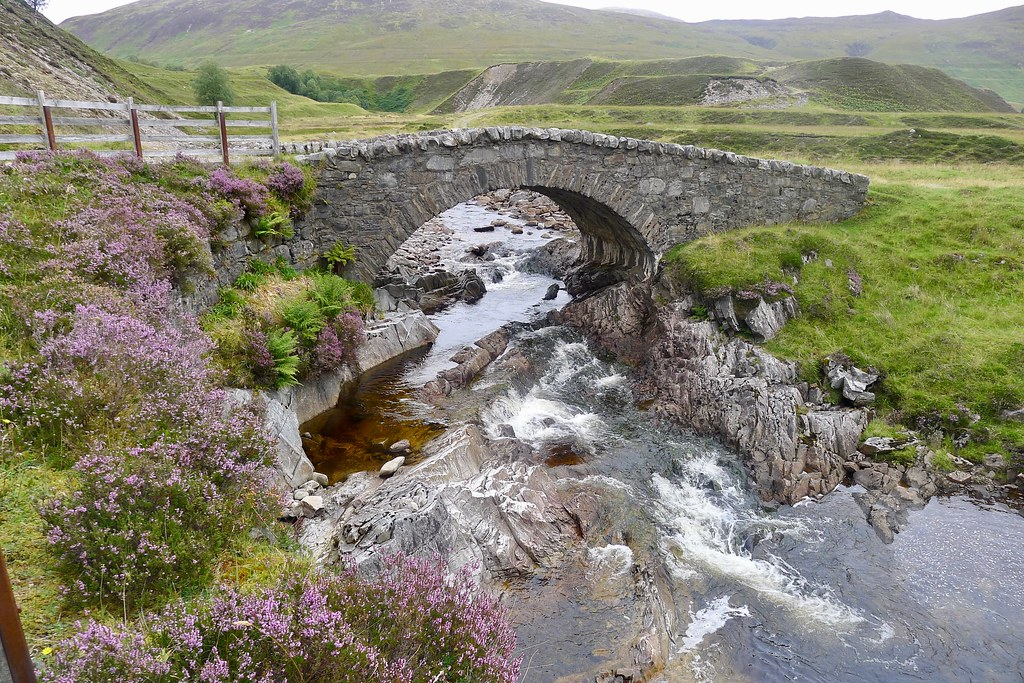 Turret Bridge, Glen Roy