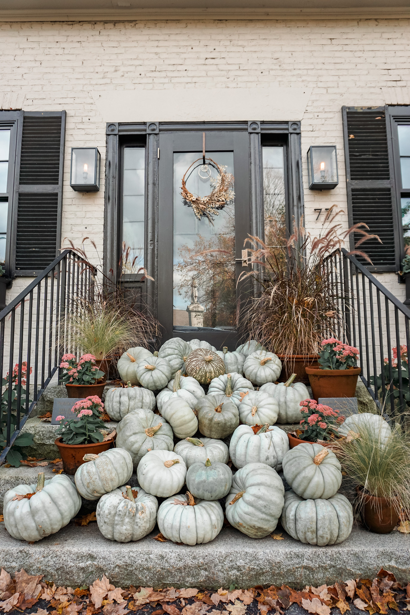 Pumpkin Display | Woodstock VT | My Complete Vermont Fall Travel Guide: What to See, Do & Eat | Ultimate Fall Guide to Vermont | 5 Day Vermont Road Trip | Fall Foliage Road Trip Guide