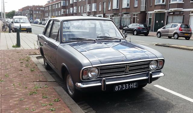 1969 Ford Cortina 87-33-HE