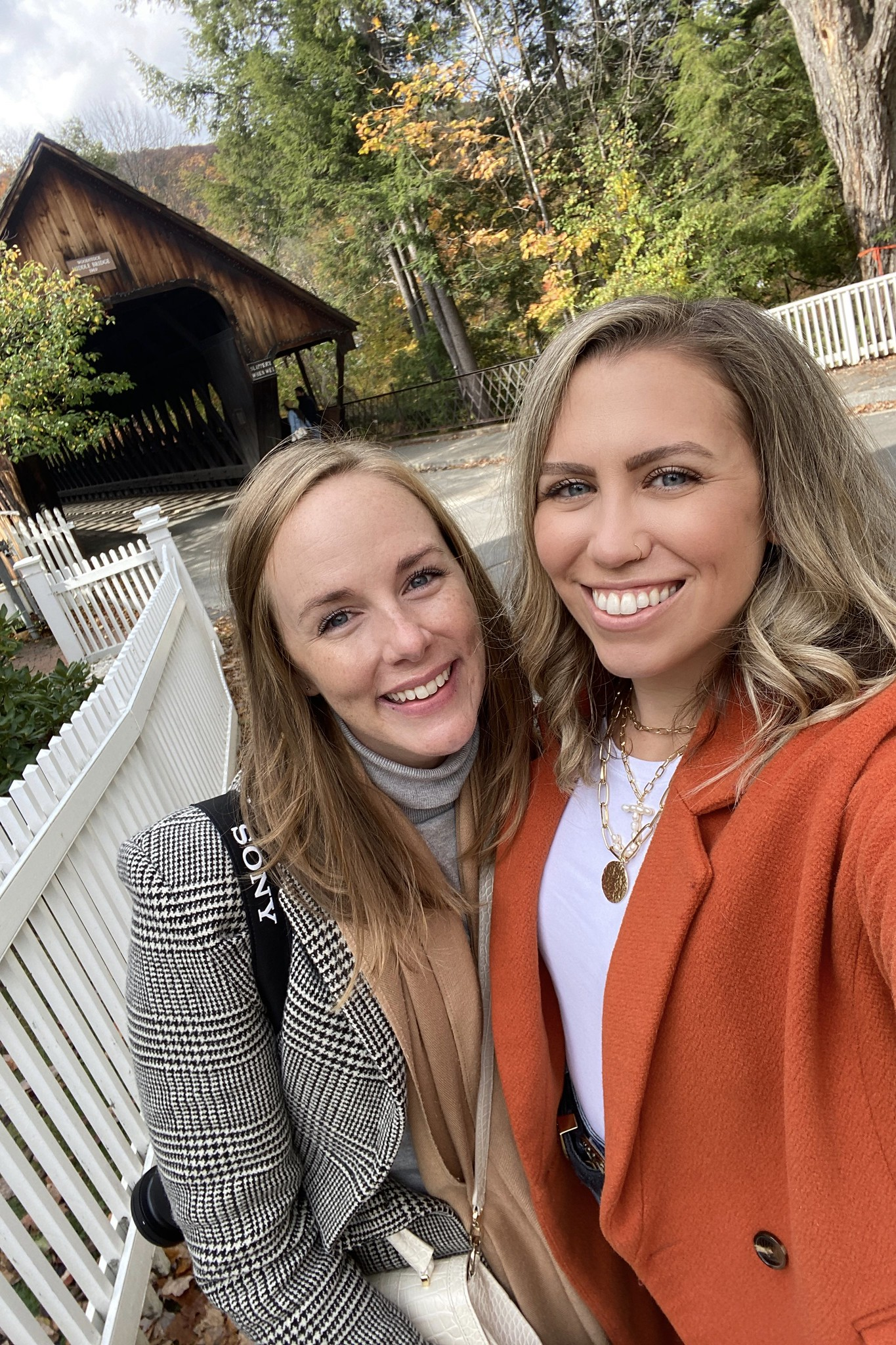 Selfie in front of the Middle Covered Bridge | Woodstock VT | My Complete Vermont Fall Travel Guide: What to See, Do & Eat | Ultimate Fall Guide to Vermont | 5 Day Vermont Road Trip | Fall Foliage Road Trip Guide