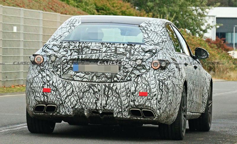 2022-Mercedes-AMG-C63-spy-shots-9