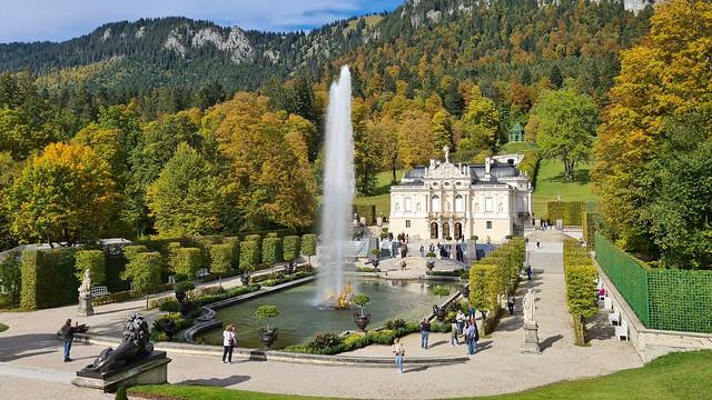 Linderhof Palace aka Schloss Linderhof near Ettal built by the bavarian King Ludwig II, Germany