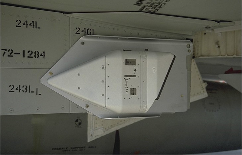 ΜακΝτόνελ Ντάγκλας F-4F Φάντασμα ΙΙ