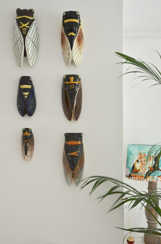 ceramic cigale wall vases