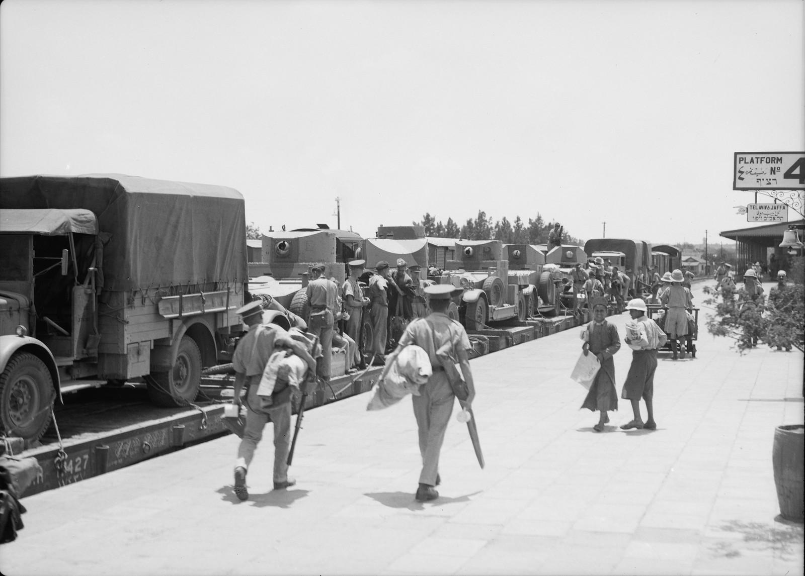 12. Прибытие на станцию Лод из Египта 11-го гусарского полка. 15 июля