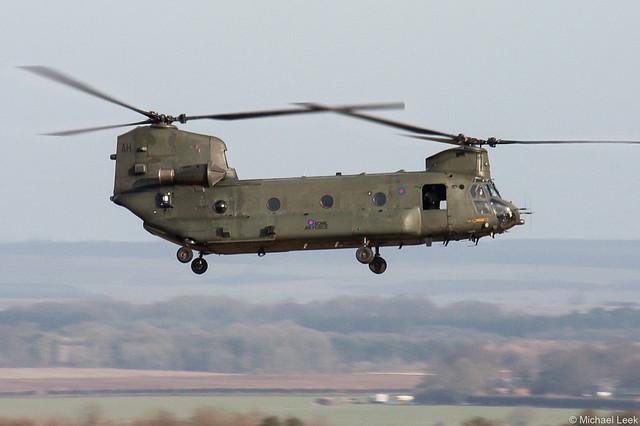 RAF Boeing-Vertol HC-1 Chinook ZA680/AH; Deptford Down, Salisbury Plain, Wiltshire, England
