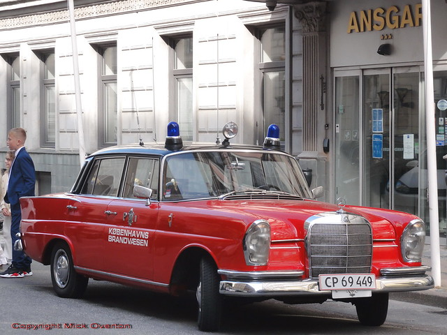 Traditional Copenhagen 1961 Mercedes 220SB fire chief car does church confirmation limo work