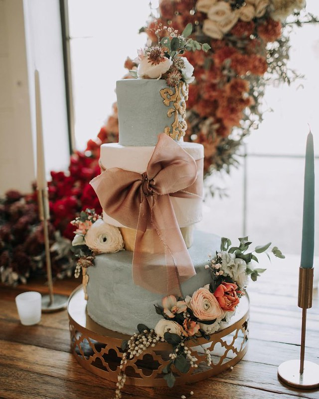 Cake by Sweetie Cakes