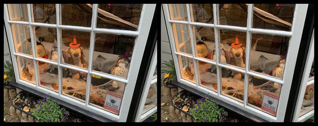 3D parallel view Halloween display in the window of Pooh Corner, Hartfield