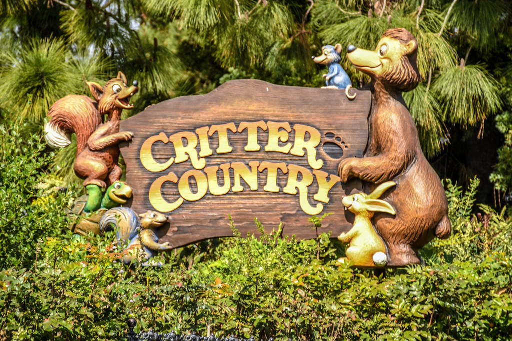 Critter Country sign DL