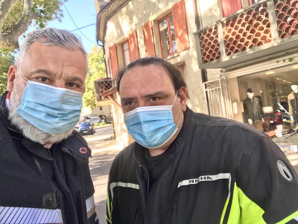 Tristan Nitot et Laurent Chemla portant des masques contre la Covid