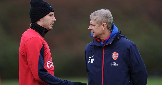 Cựu sao Arsenal hối hận vì đã không nghe lời khuyên dạy của Arsene Wenger