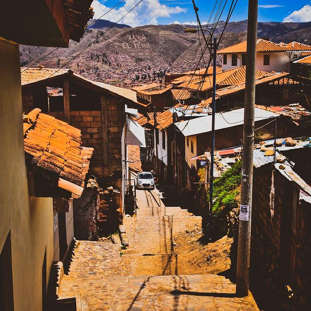 Alleyway in Cusco, Peru クスコの路地、ペルー (Explored 12/x/2020)