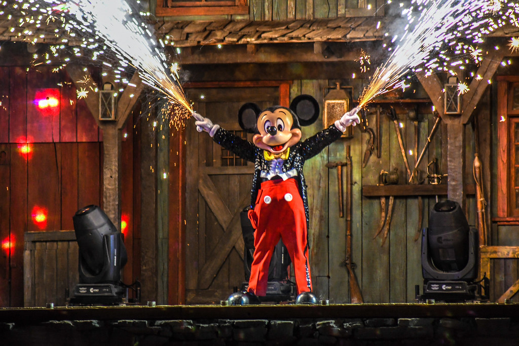 Mickey Sparks Fantasmic DL
