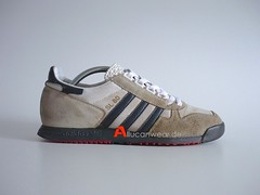 2003 ADIDAS SL 80 RETRO RUNNING SPORT SHOES