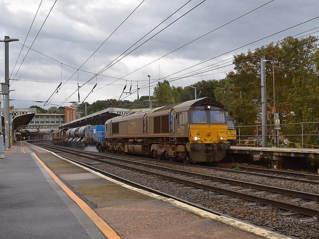 66427 top n tail with 66426 on the 09.00 Stowmarket - Stowmarket circuit via Harwich, Southend & Clacton passing through Ipswich on their return. 09 10 2020