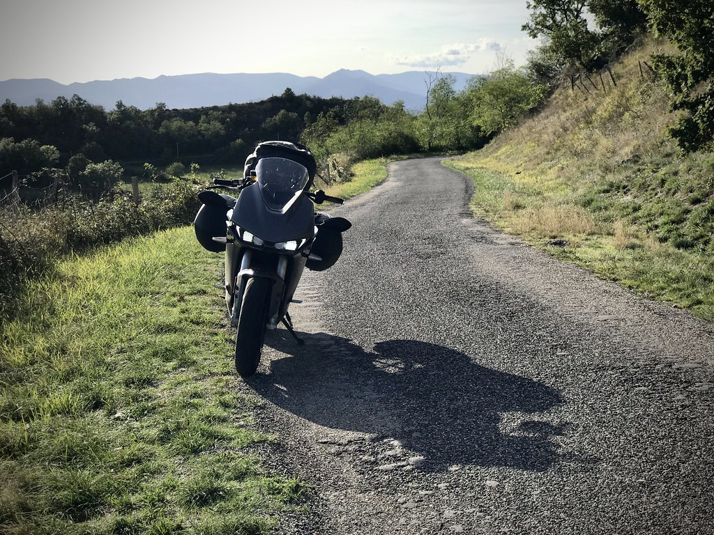Petite route