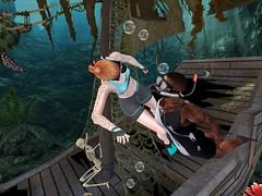 Underwater Pirate Ship - La vie en Pose - 10-25 October