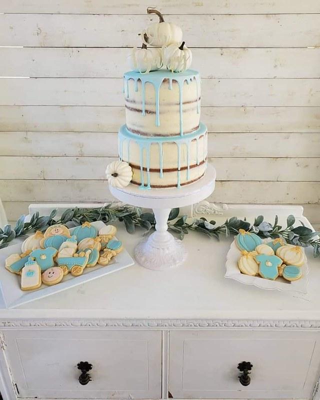 Cake by Sweet Girls Cakery