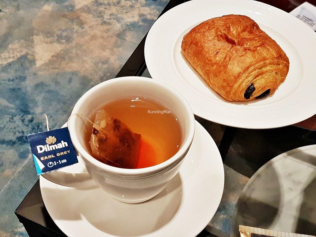Changi Lounge 18 - Snacks & Beverages