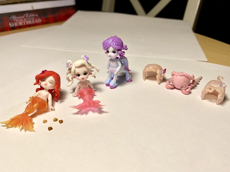 Finished faceup on Chibi mermaids and made Wigs for them!