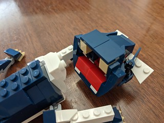 BrickCon Master Build: Puppy 5 (head connection)