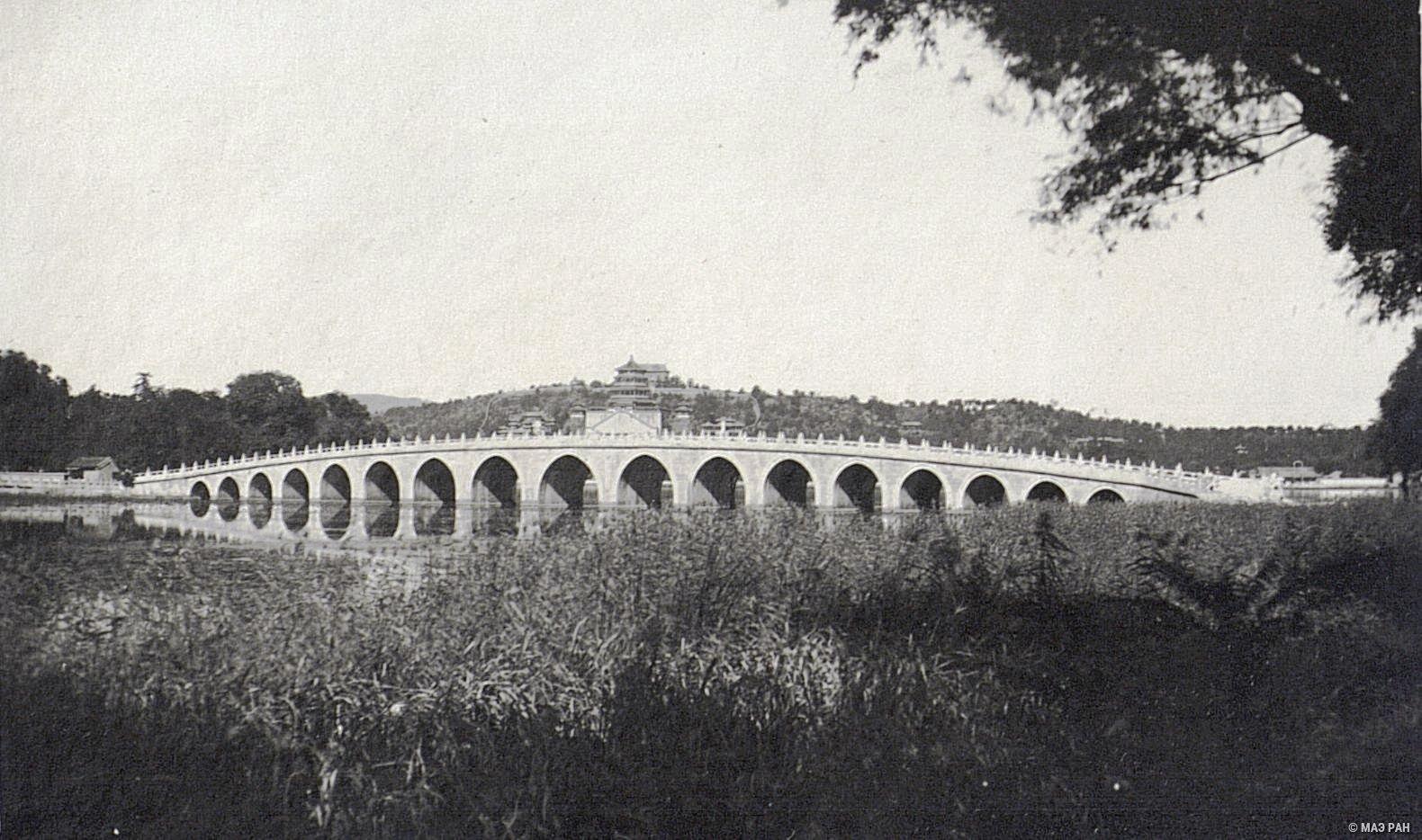 Парк Ихэюань. Мост в семнадцать арок