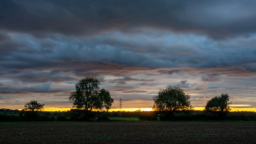 agriculture countryside grandunioncanal silhouette sunset landscape cloud leicestershire tree sky farming riversoar pylon steeltower charnwood