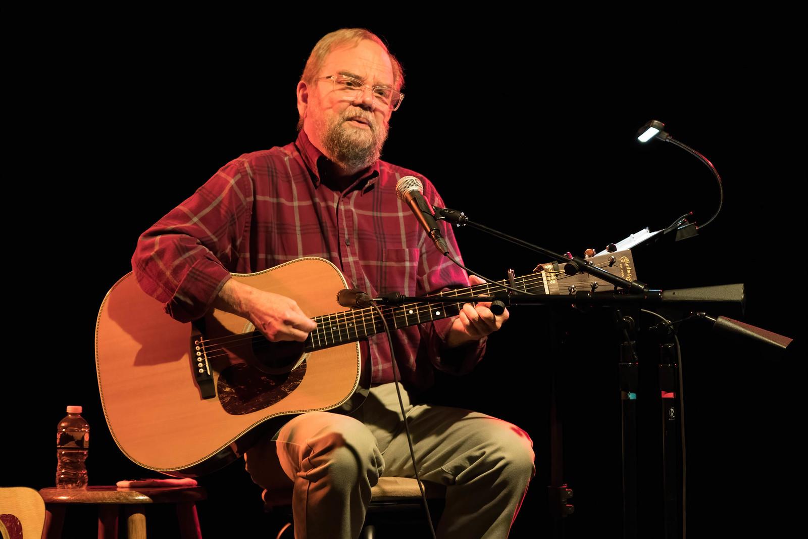 2020 10-09 Bob Willenbrink Singer-Guitarist