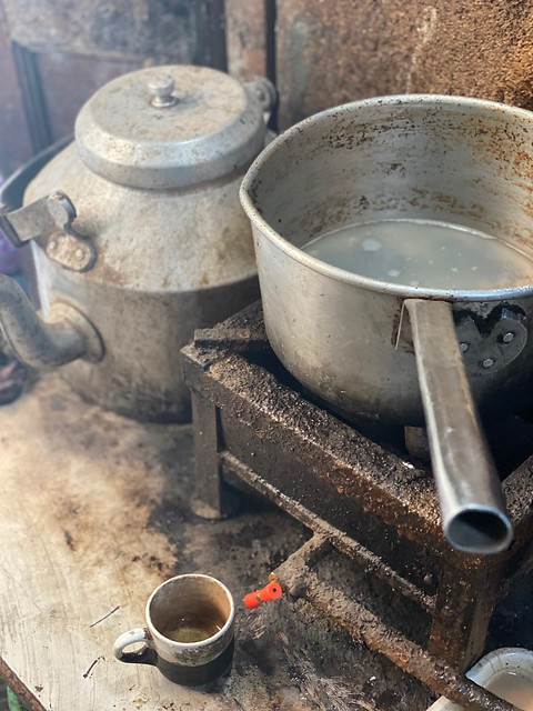 City Food - Chai ki Dukan Tea Stall, Mohalla Qabristan