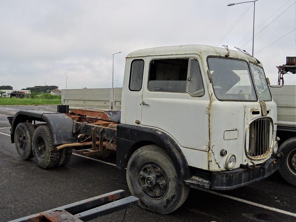 Fiat 682 N2 ex autocisterna / ex tanker