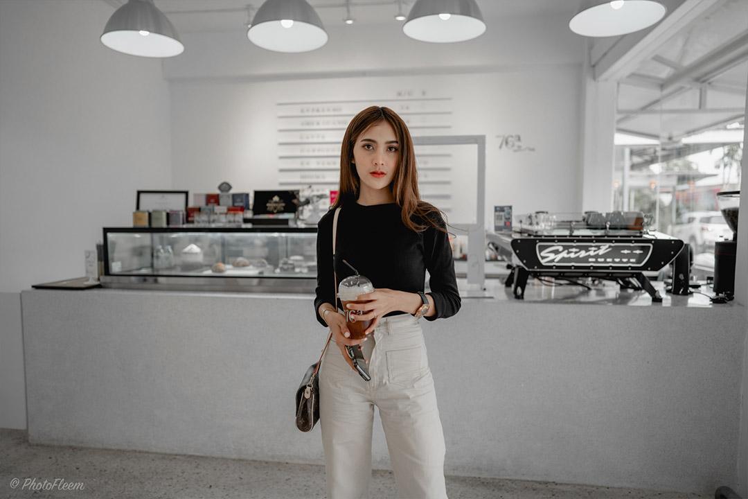 black-cafe-lightroom-tone-09