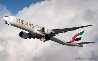 CDG | Emirates Boeing 777-300ER | A6-EGZ