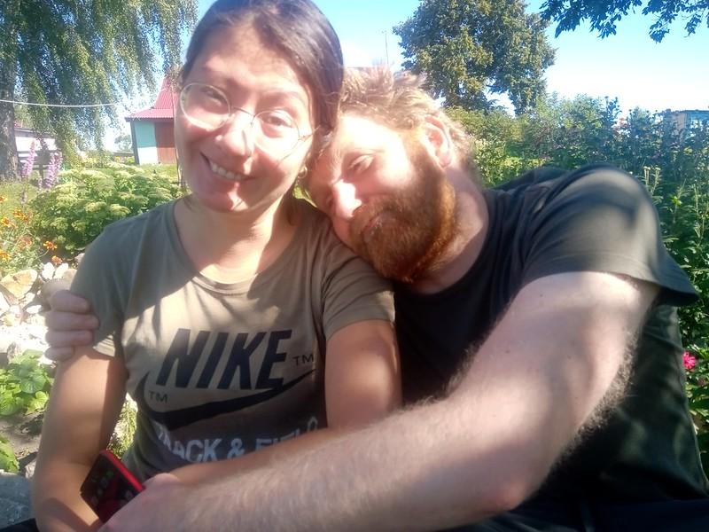 Отставнов Евгений и его девушка Татьяна