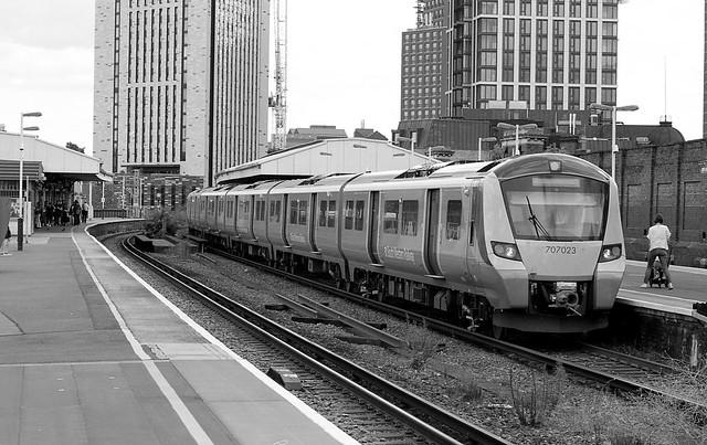 Windsor lines Vauxhall