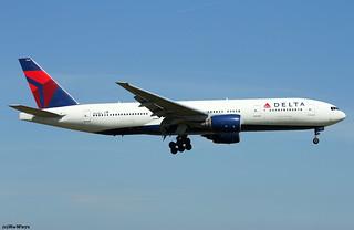 Delta Air Lines Boeing 777-232(ER) N863DA