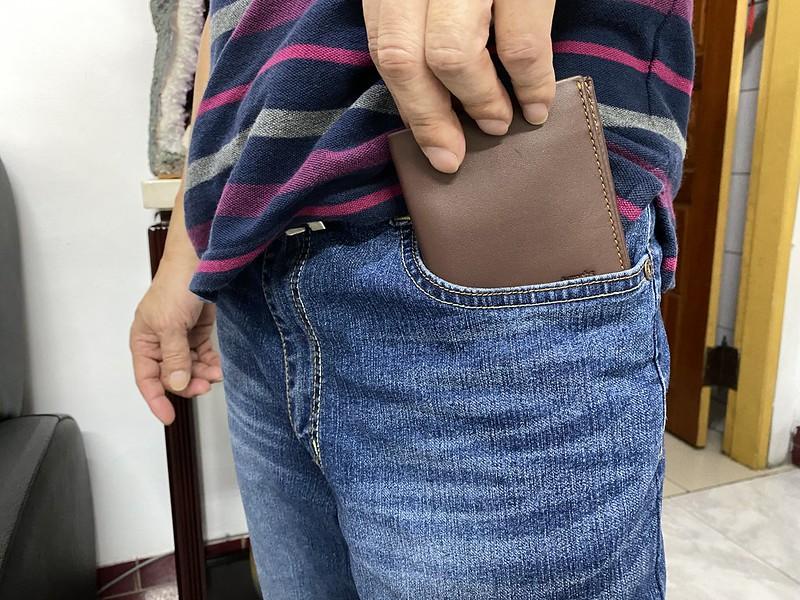 (送禮必看) Aurochs WAVE真皮男短夾、皮夾推薦-小巧大空間又輕薄,超好攜帶! @秤秤樂遊遊