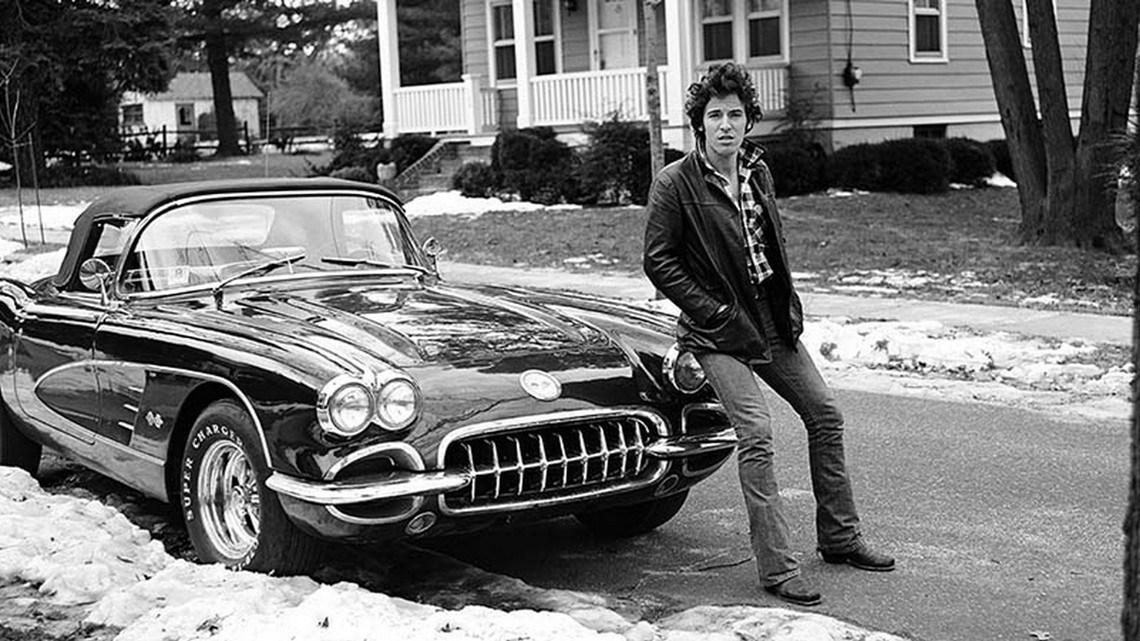 Bruce y los coches