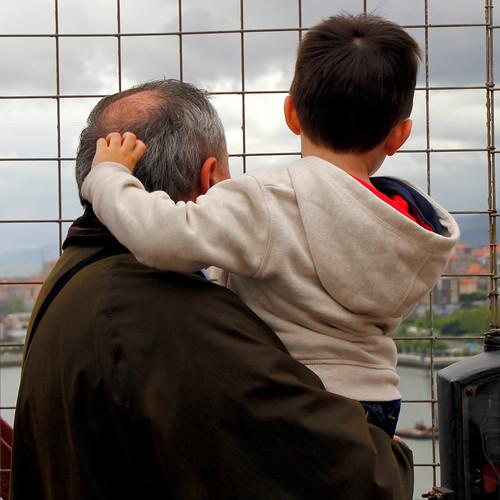 Nieto y abuelo, Julen y su aitxitxe