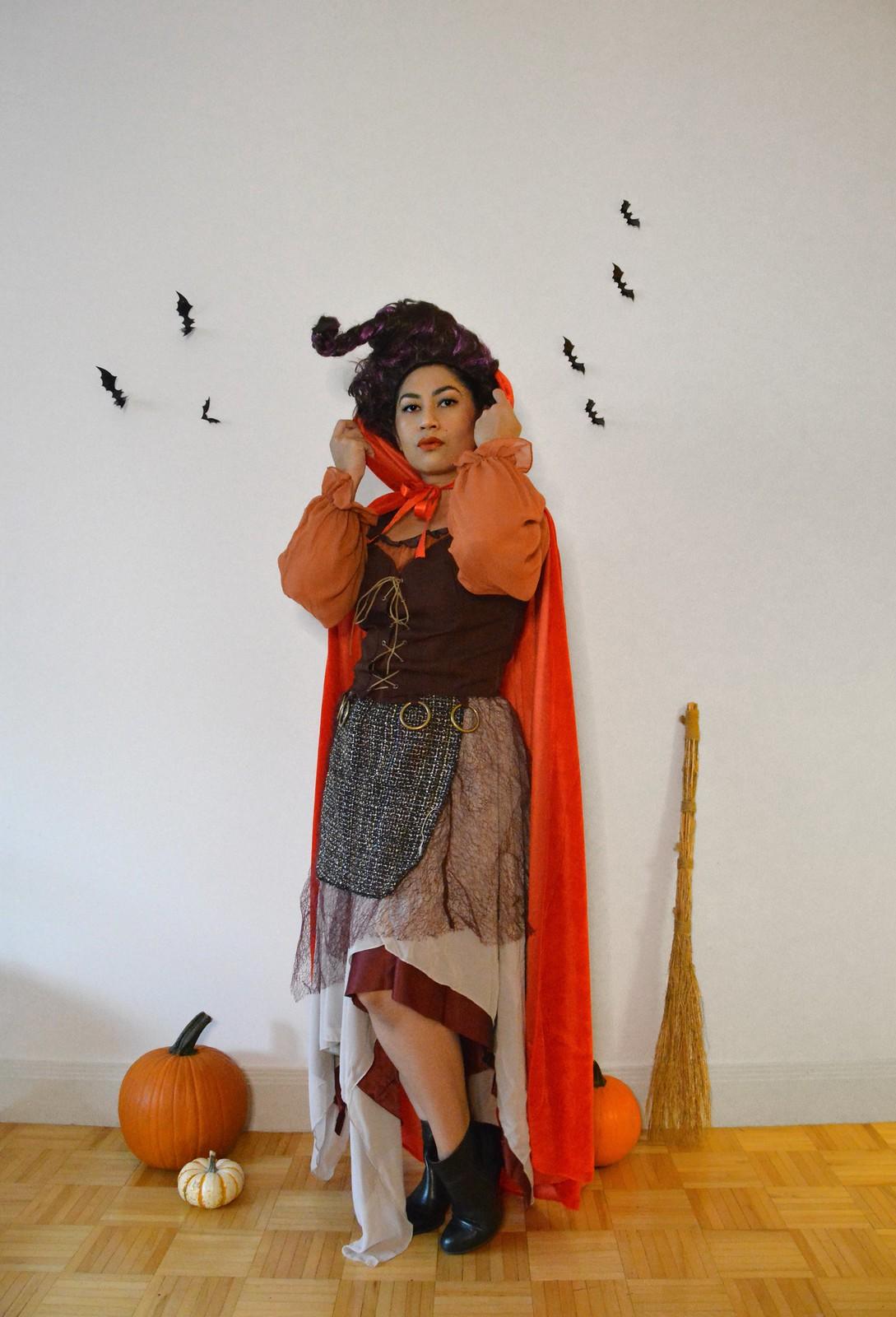 Hocus Pocus Halloween Costume | Sanderson Sisters Costumes | Mary Sanderson | Sanderson Witches | Girl Group Halloween Costume | Halloween Costumes College | 2020 Halloween DIY