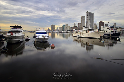 seascape sea boat yacht cloud coast water waterscape landscape architecture sky building cityscape manila manilabay harborsquare philippines outdoor reflections